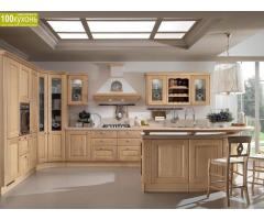 Мебель для кухни и паркет из натурального дерева