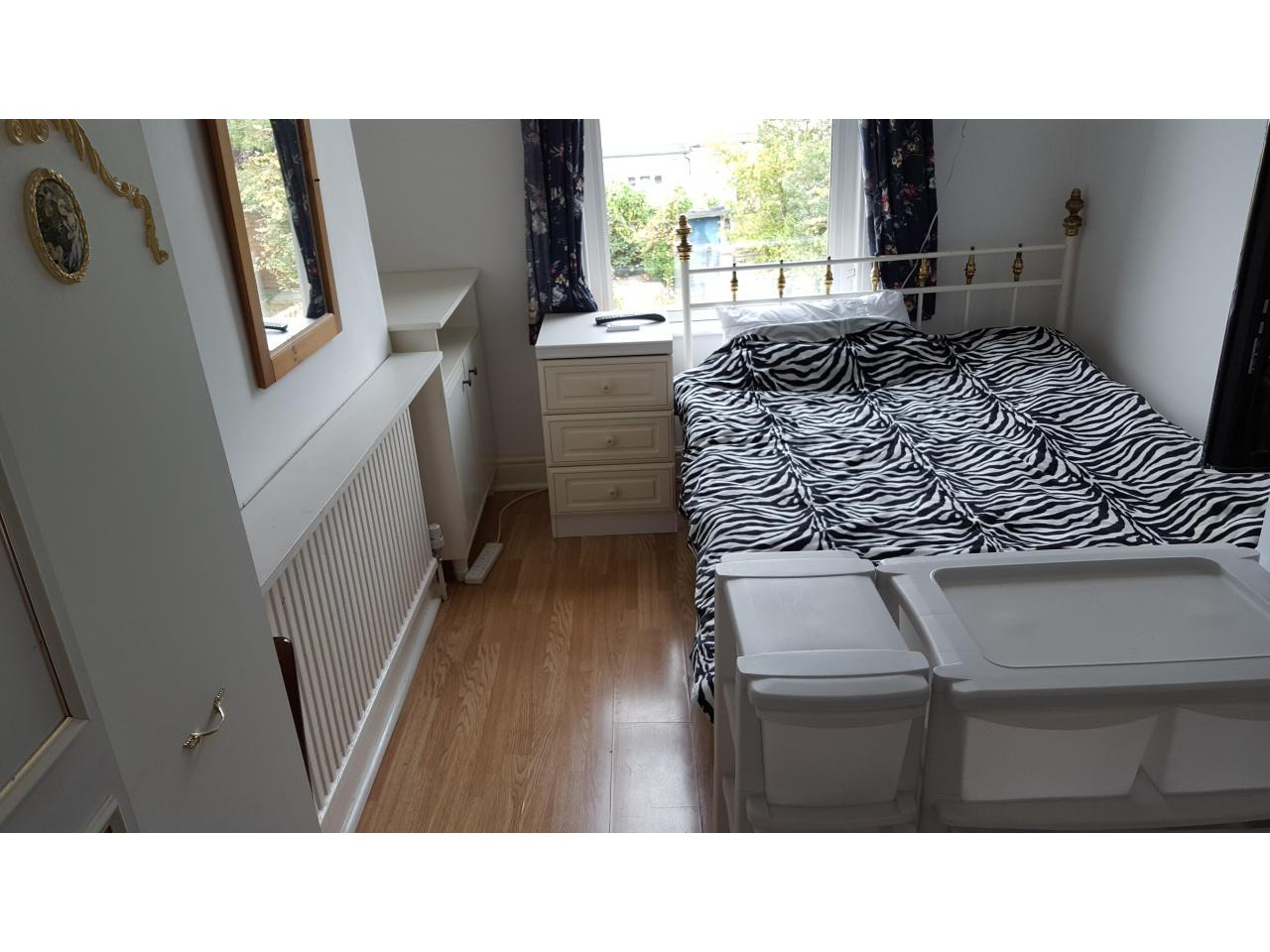 single room London,Se6 1UP - 1