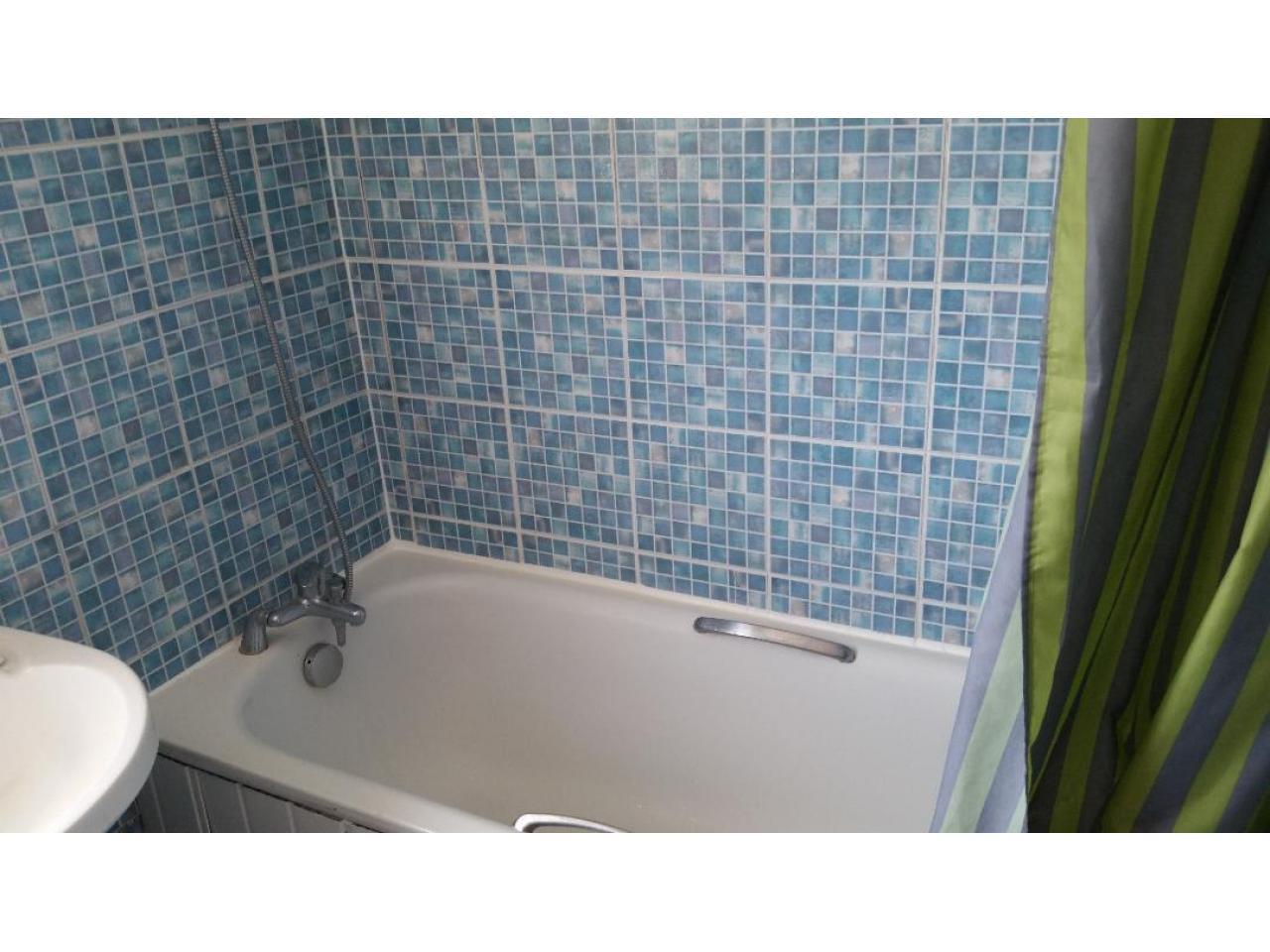 Double Room  Hounslow East £125 - 4