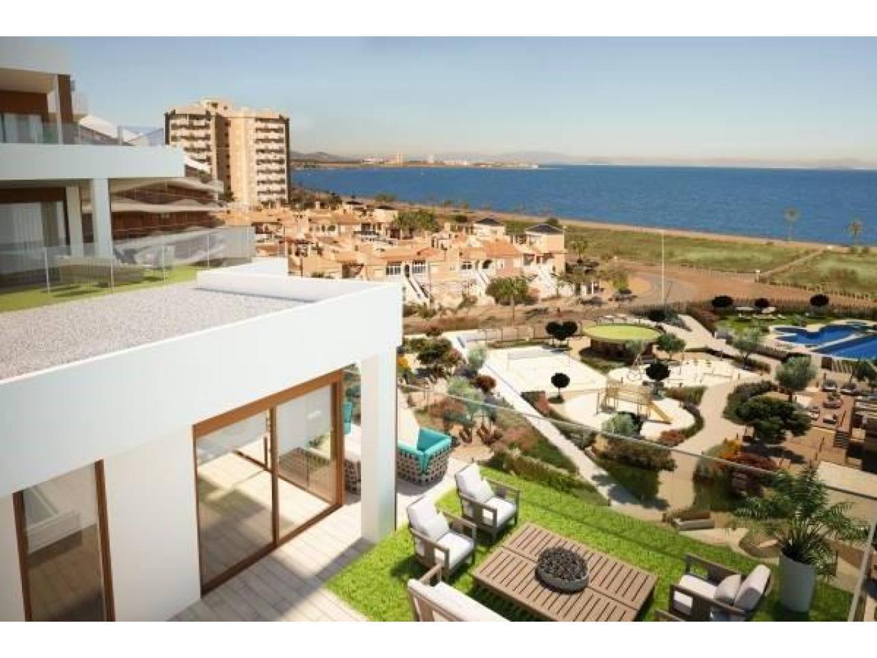 Недвижимость в Испании, Новые квартиры на первой линии пляжа от застройщика в Ла Манга - 4