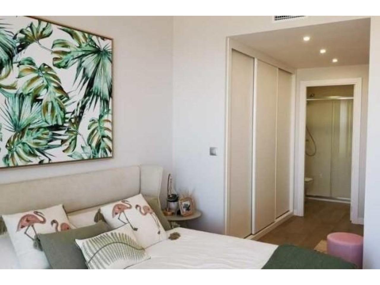 Недвижимость в Испании, Новые квартиры на первой линии пляжа от застройщика в Ла Манга - 5