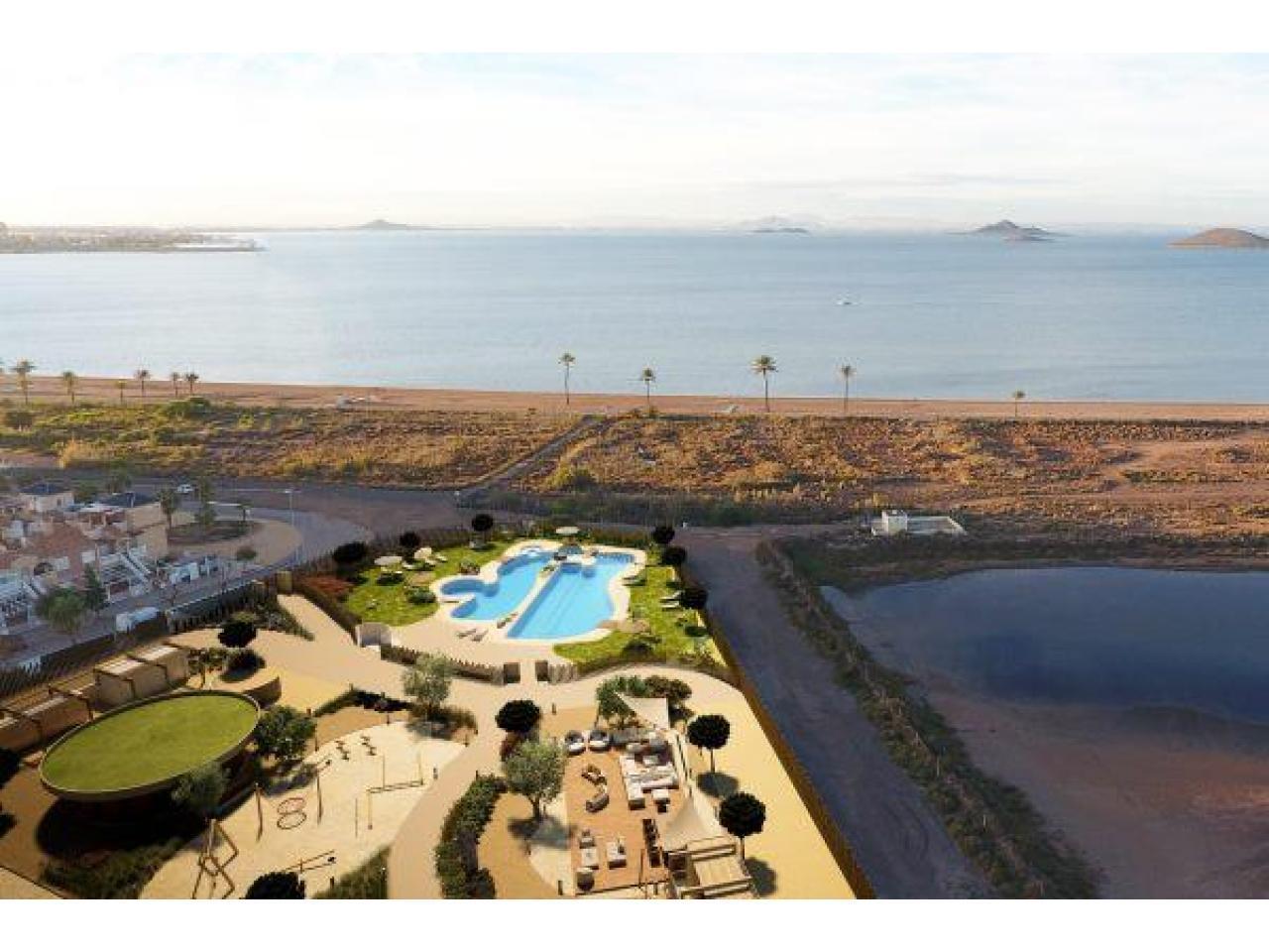Недвижимость в Испании, Новые квартиры на первой линии пляжа от застройщика в Ла Манга - 8