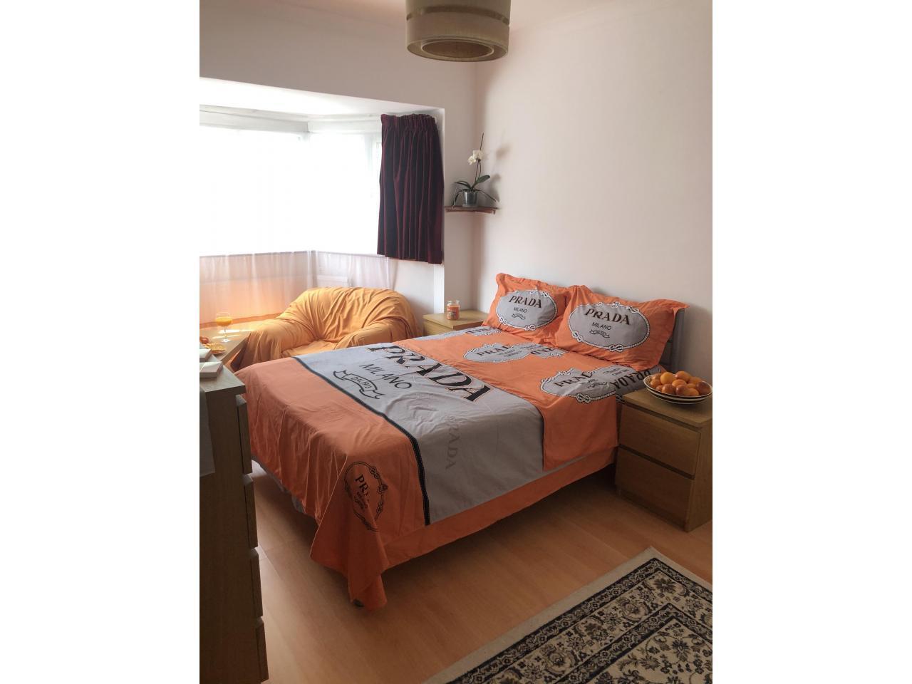 Сдаётся двухспальная (double) комнатa в малонаселённом доме в районе     Tooting. - 1