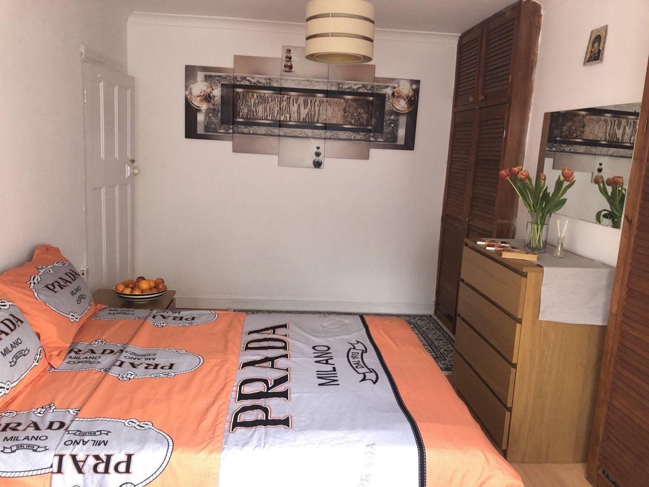 Сдаётся двухспальная (double) комнатa в малонаселённом доме в районе     Tooting. - 4