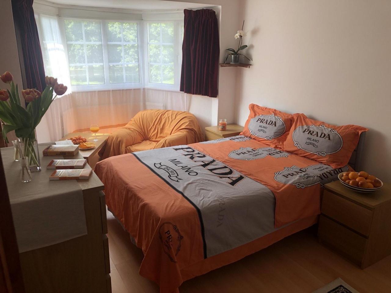 Сдаётся двухспальная (double) комнатa в малонаселённом доме в районе     Tooting. - 5