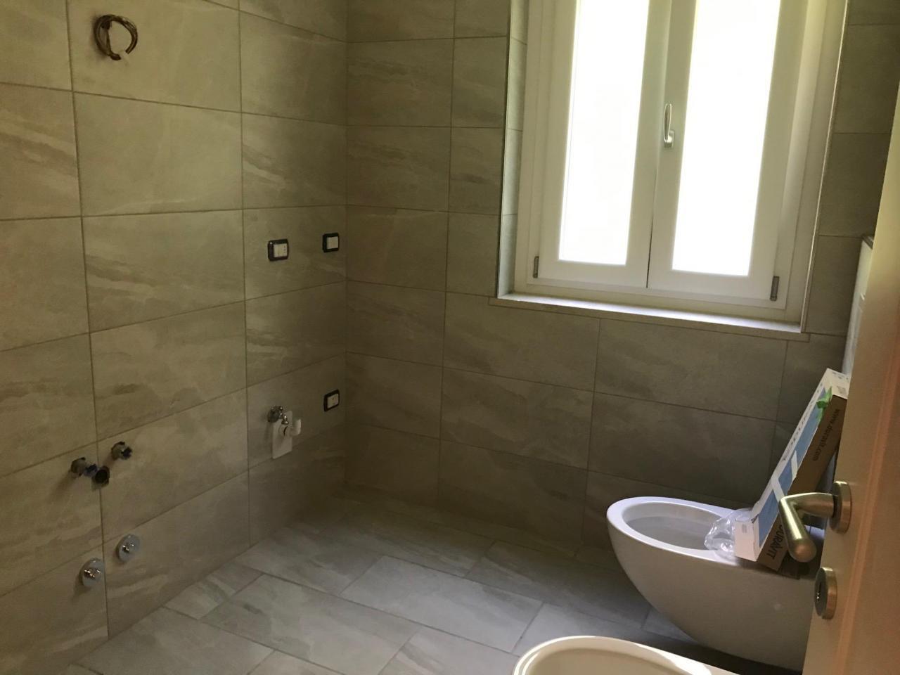 Продастся новая квартира 4х комнатная в Кампионе д Италия на озере Лугано - 4