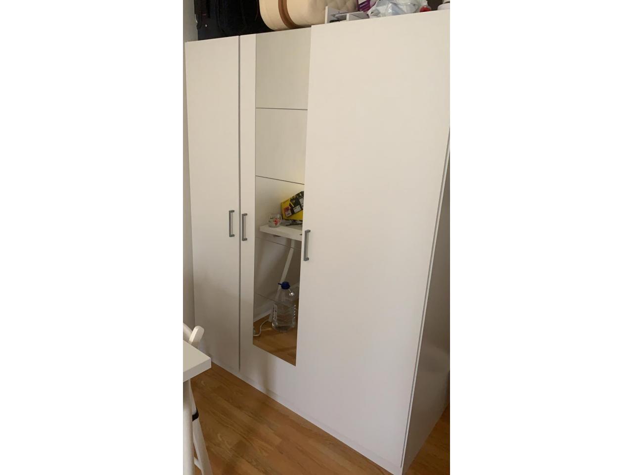 Продам шкаф,комод и тумбу IKEA - 1