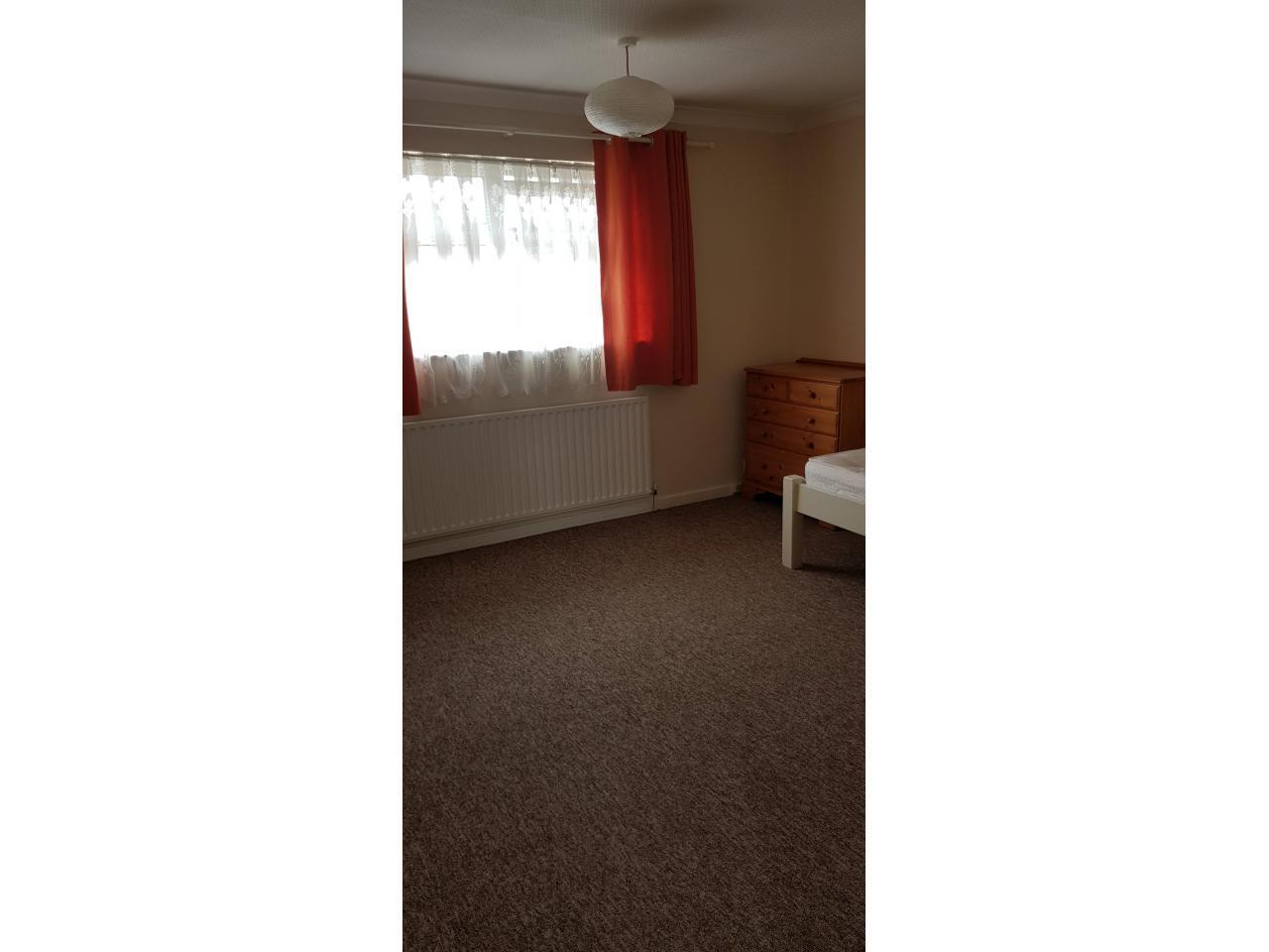 Сдаю комнату £400/m (double room) Hatfield - 2