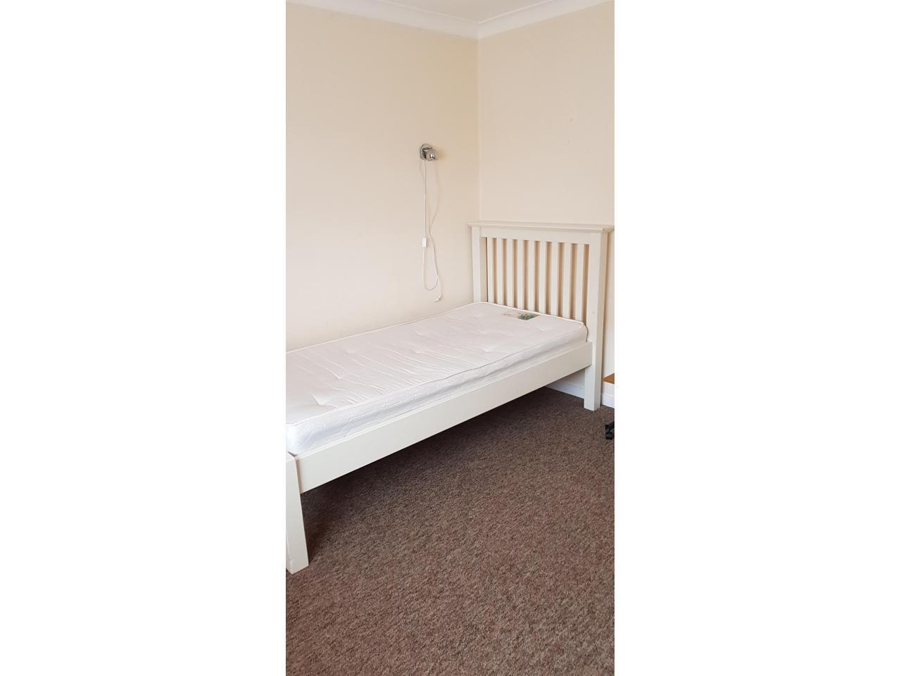 Сдаю комнату £400/m (double room) Hatfield - 3