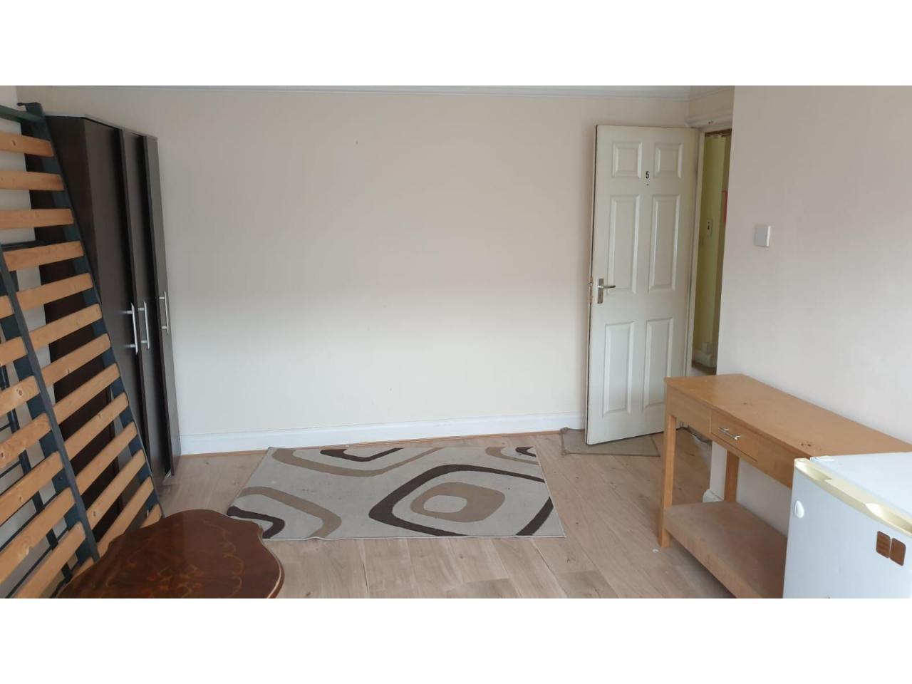 Double Kомната в аренду - Harlesden, Willesden Junction - все счета включены - 3
