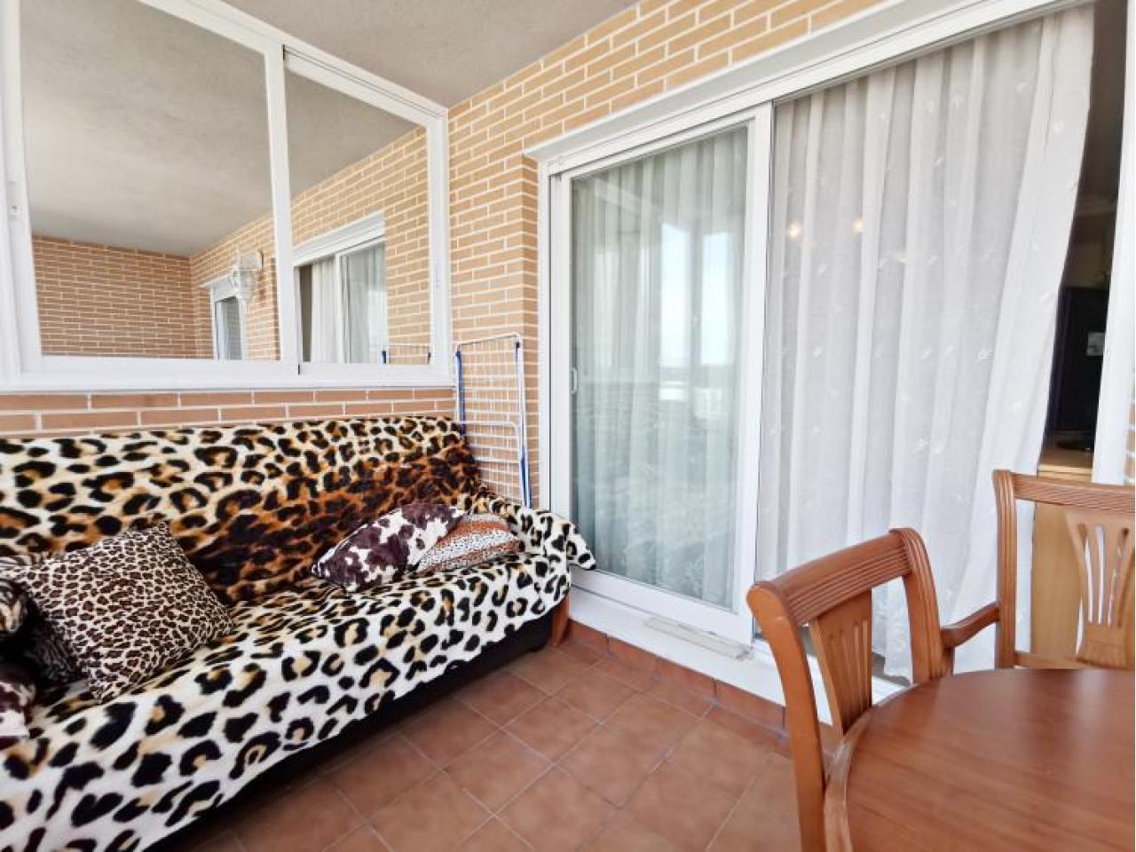 Прекрасная квартира возле моря в Бенидорме, Испания - 2