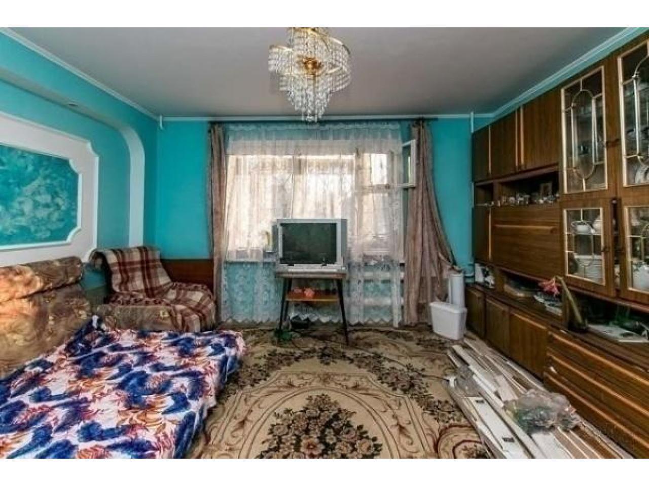 Продам 2 к - квартиру 54 кв.м  Россия - 5