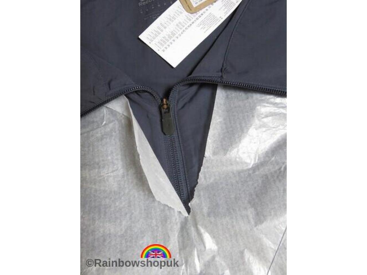 продам спортивную куртку Reebok,все размеры - 3