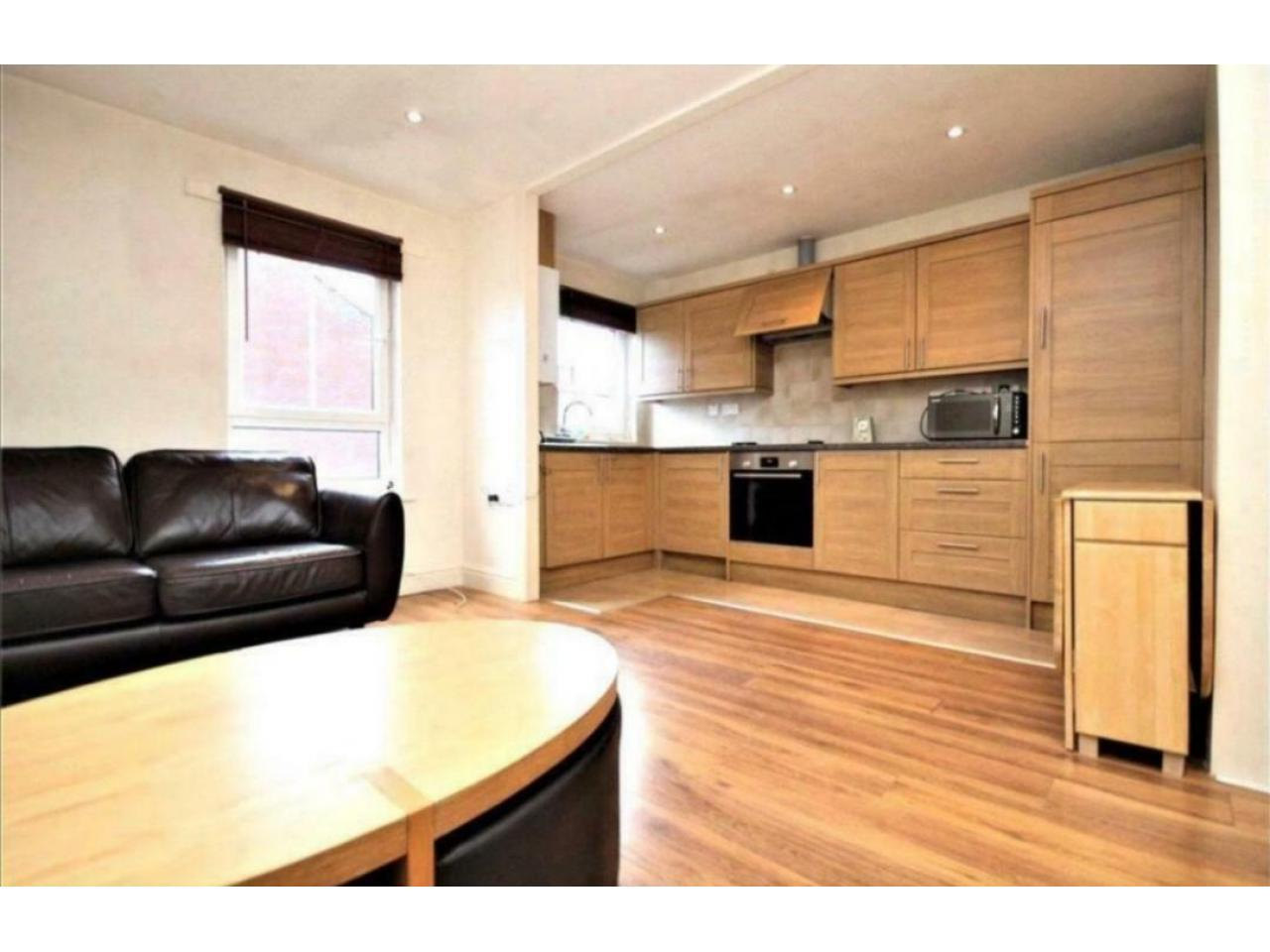 2 Bedroom in Chiswick ~ For Rent ~ - 1