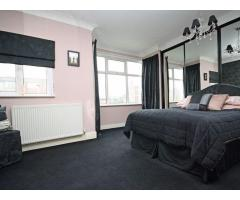 3/4 Bedroom House Isleworth - Image 4
