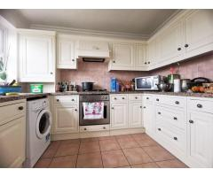 1 Bedroom Ealing W13 - Image 1