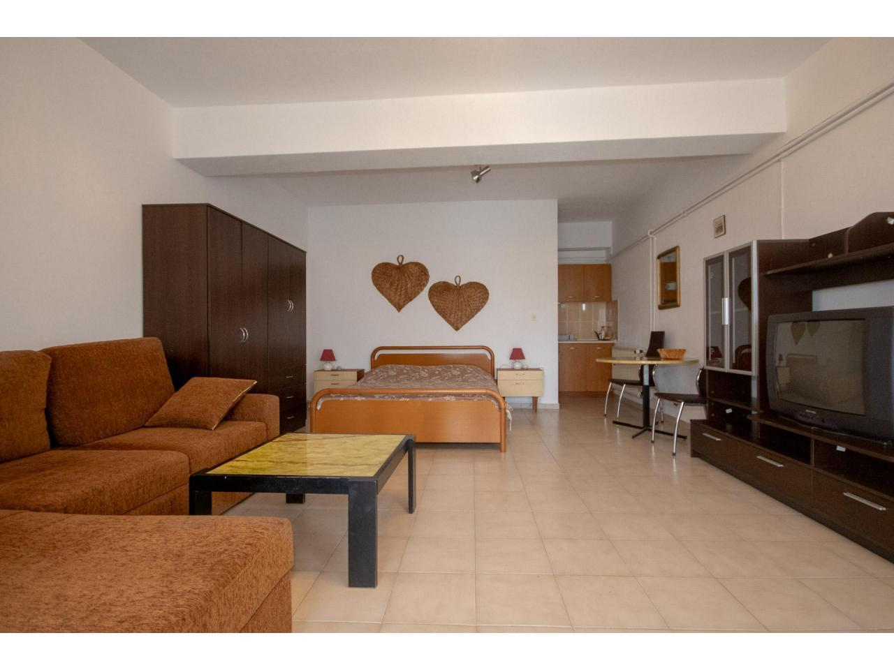 Дом в Греции 500€ кв. м. (Волос, Марафос) - 2