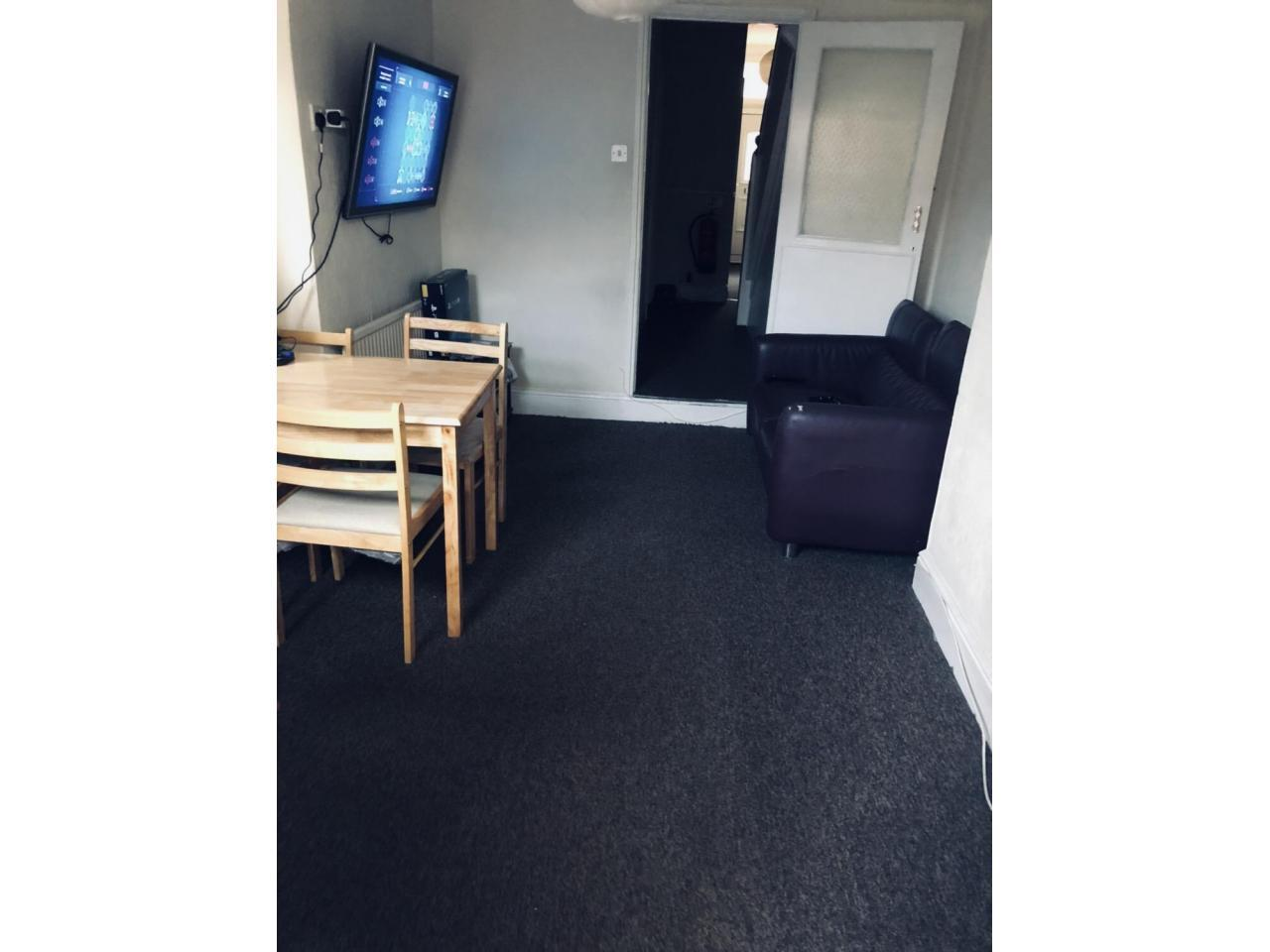 Double room на Willesden Green - 3