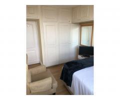 £185 Современная большая двухместная комната - Image 2