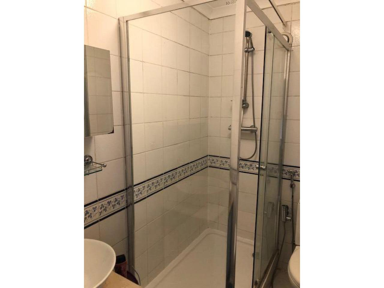 £185 Современная большая двухместная комната - 3