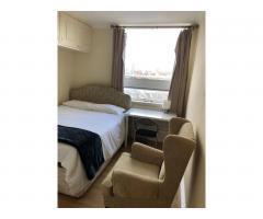 £185 Современная большая двухместная комната - Image 4