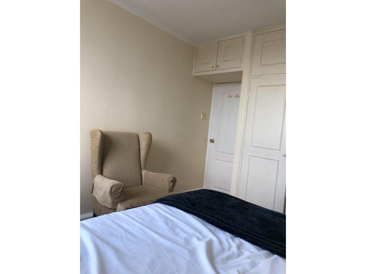 £185 Современная большая двухместная комната - 7