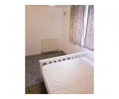Double room in Ilford - Image 1