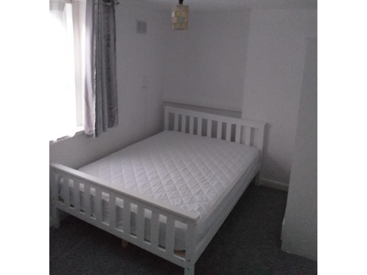 Double room in Ilford - 2