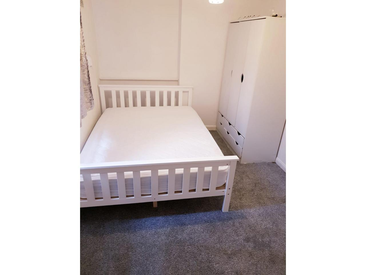 Double room in Ilford - 3