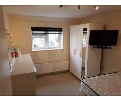 Double room Dagenham - Image 1