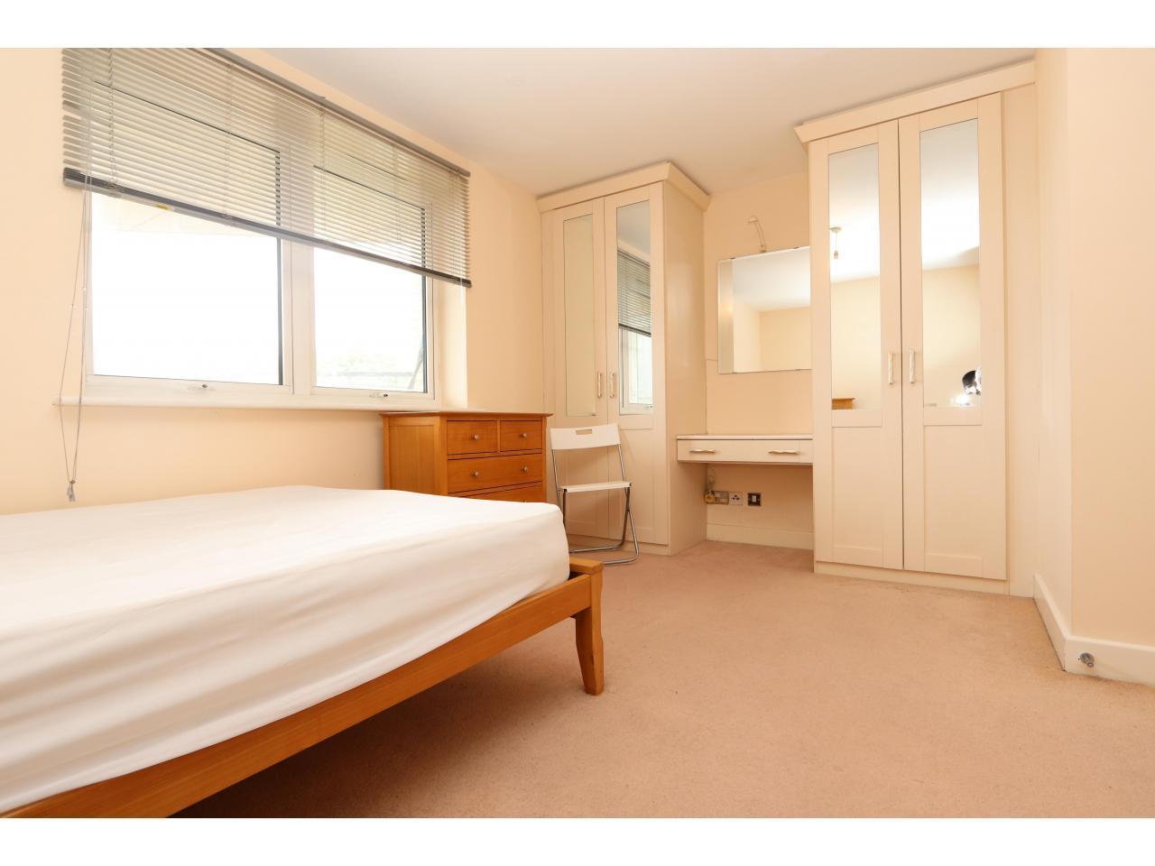 Приватная резиденция - Большая комната с балконом - 4