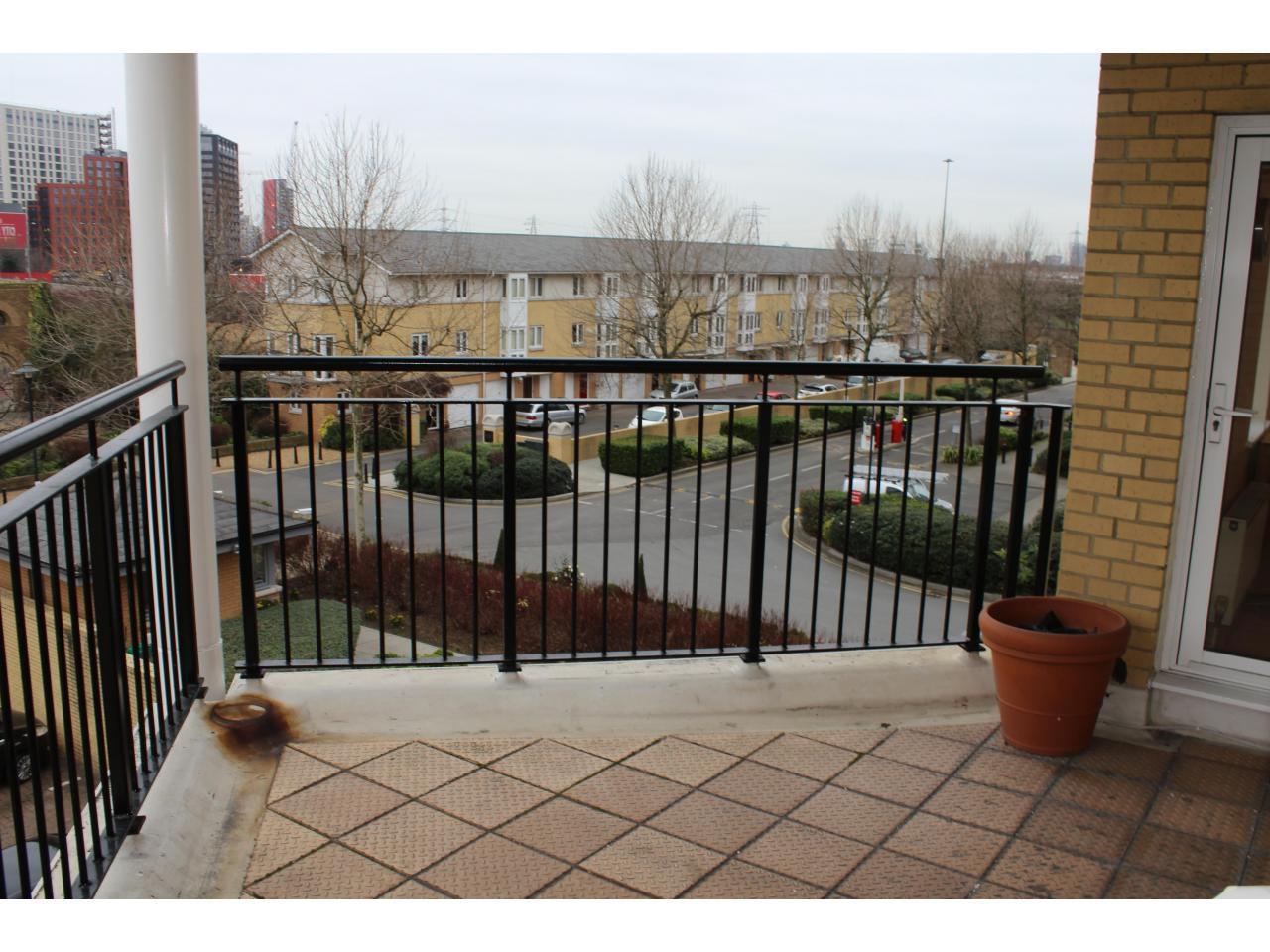 Приватная резиденция - Большая комната с балконом - 7