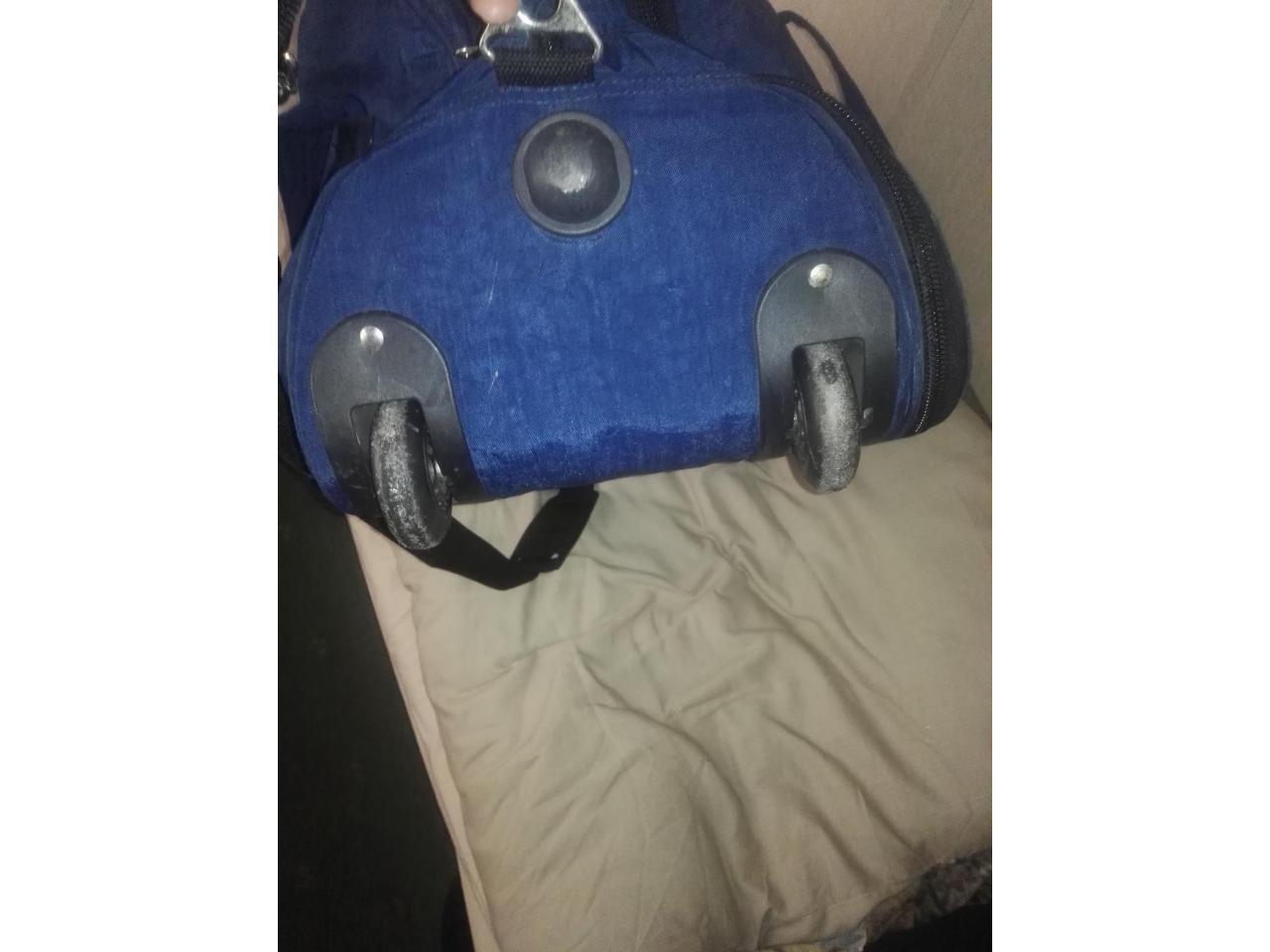 Дорожная сумка- ручная кладь,2 рабочие сапоги, спальный мешок, постельный комплект - 2