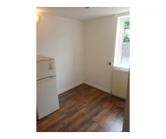 6 Studio Flats, Aldsworth Rd, Stratford, E15 1 000 £ — Available 20th July - Image 2