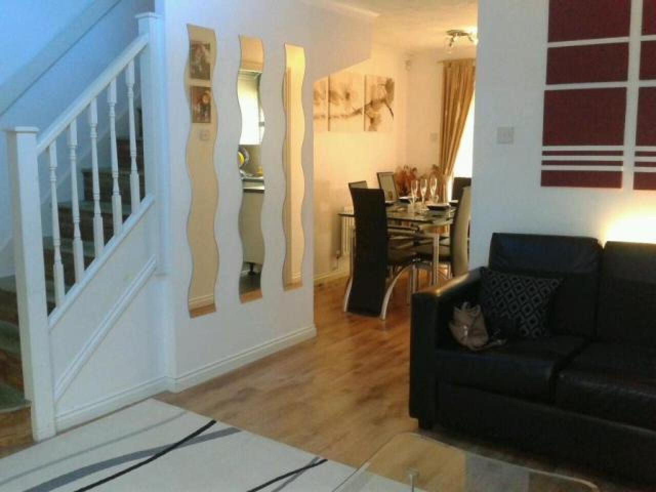 3 Bed House, Keel Close Barking, IG1 1 650 £ — Available Now - 1