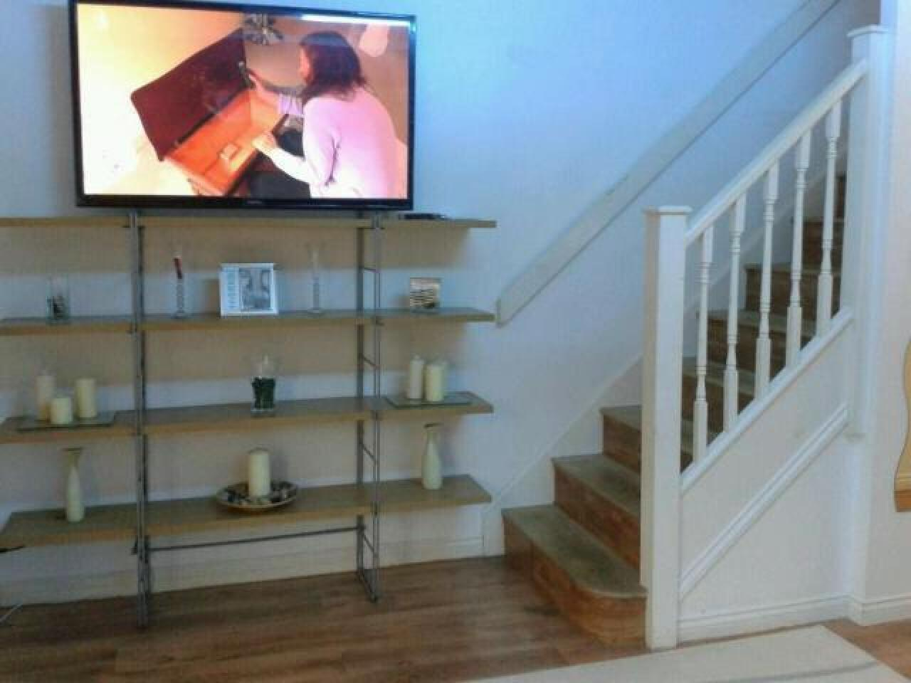 3 Bed House, Keel Close Barking, IG1 1 650 £ — Available Now - 4