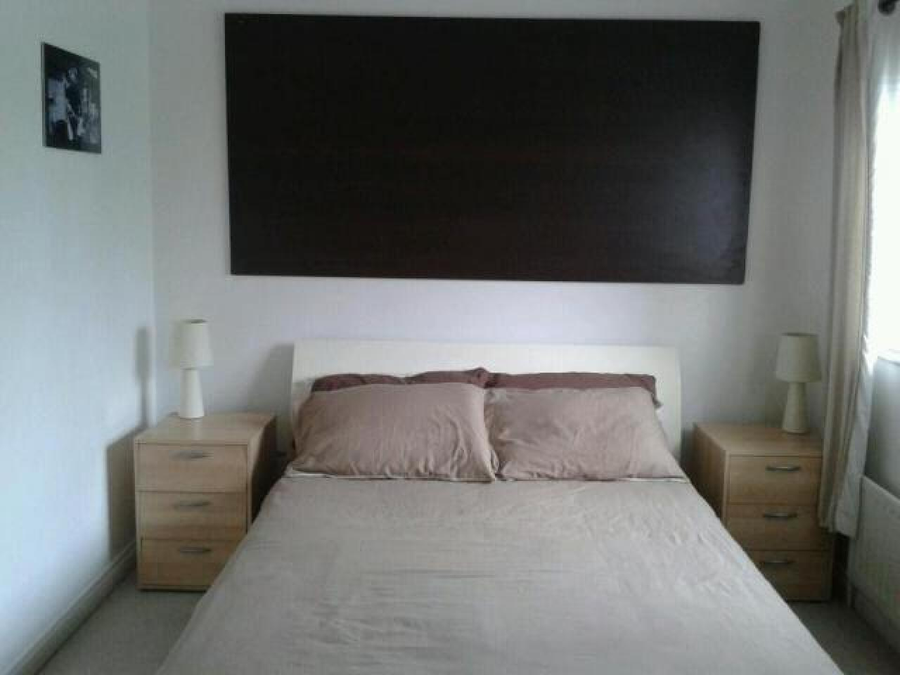 3 Bed House, Keel Close Barking, IG1 1 650 £ — Available Now - 6