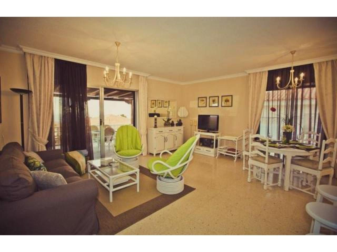 Spacious villa with views of the Atlantic Ocean. - 5