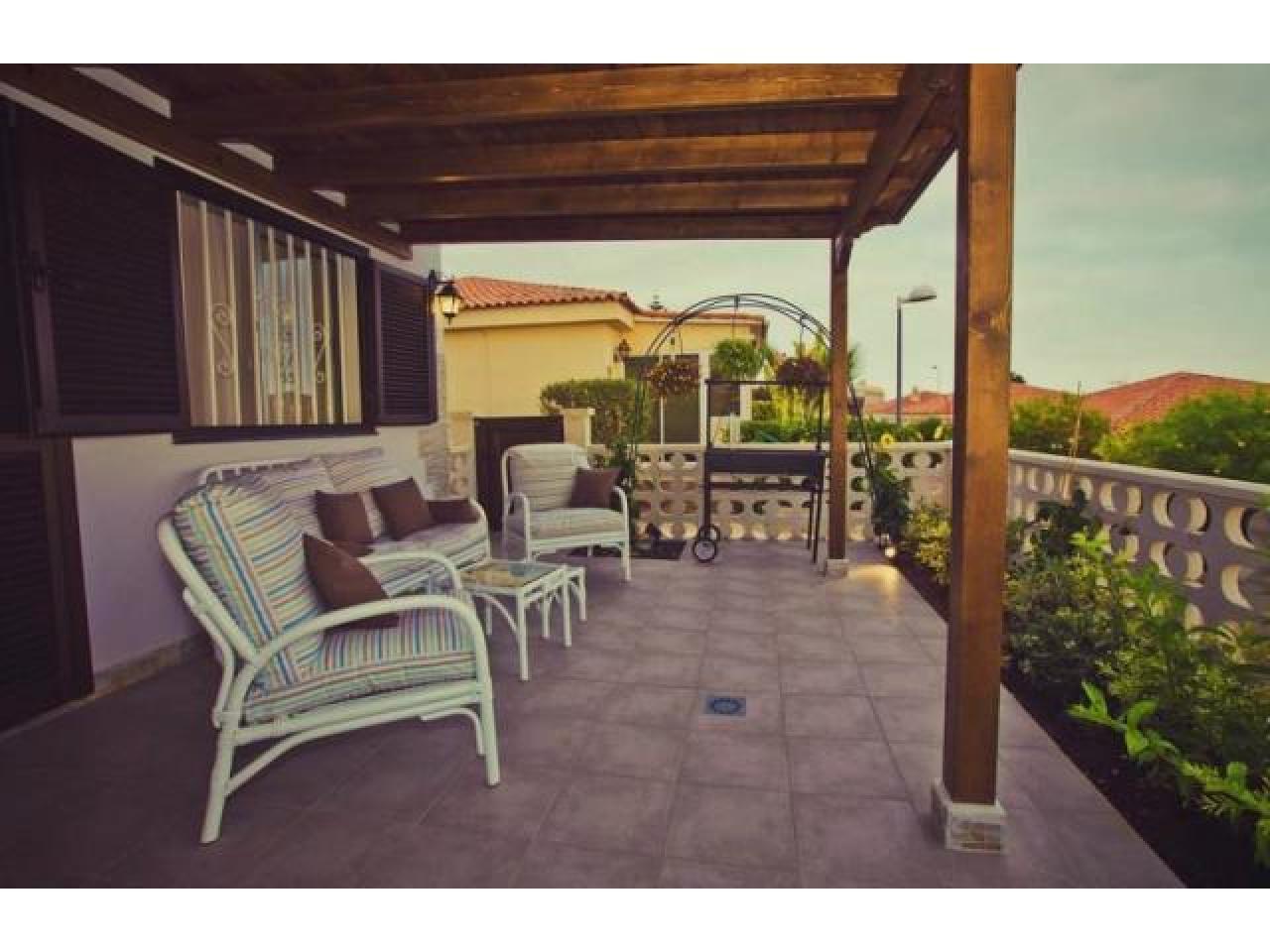 Spacious villa with views of the Atlantic Ocean. - 6