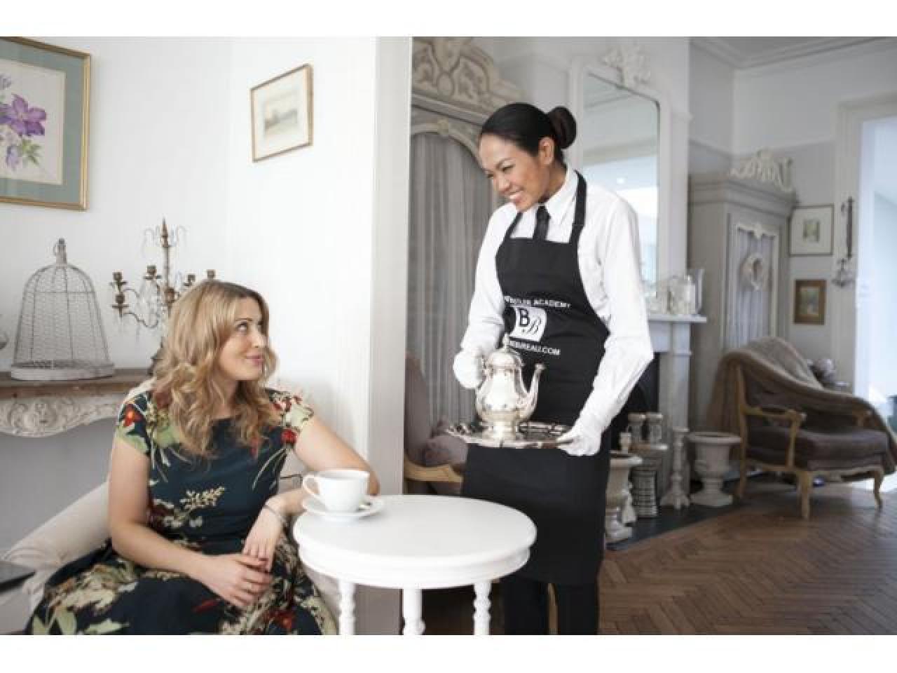 Требуется Срочно англоговорящая профессиональная домработница на полную очную ставку с жильем - 1