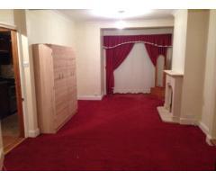 Сдаём большой, красивый 4-комнатный дом, район Rainham - Image 3