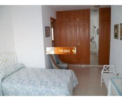 Продажа прекрасных апартаментов на 1 линии моря в Бенидорме - Image 1