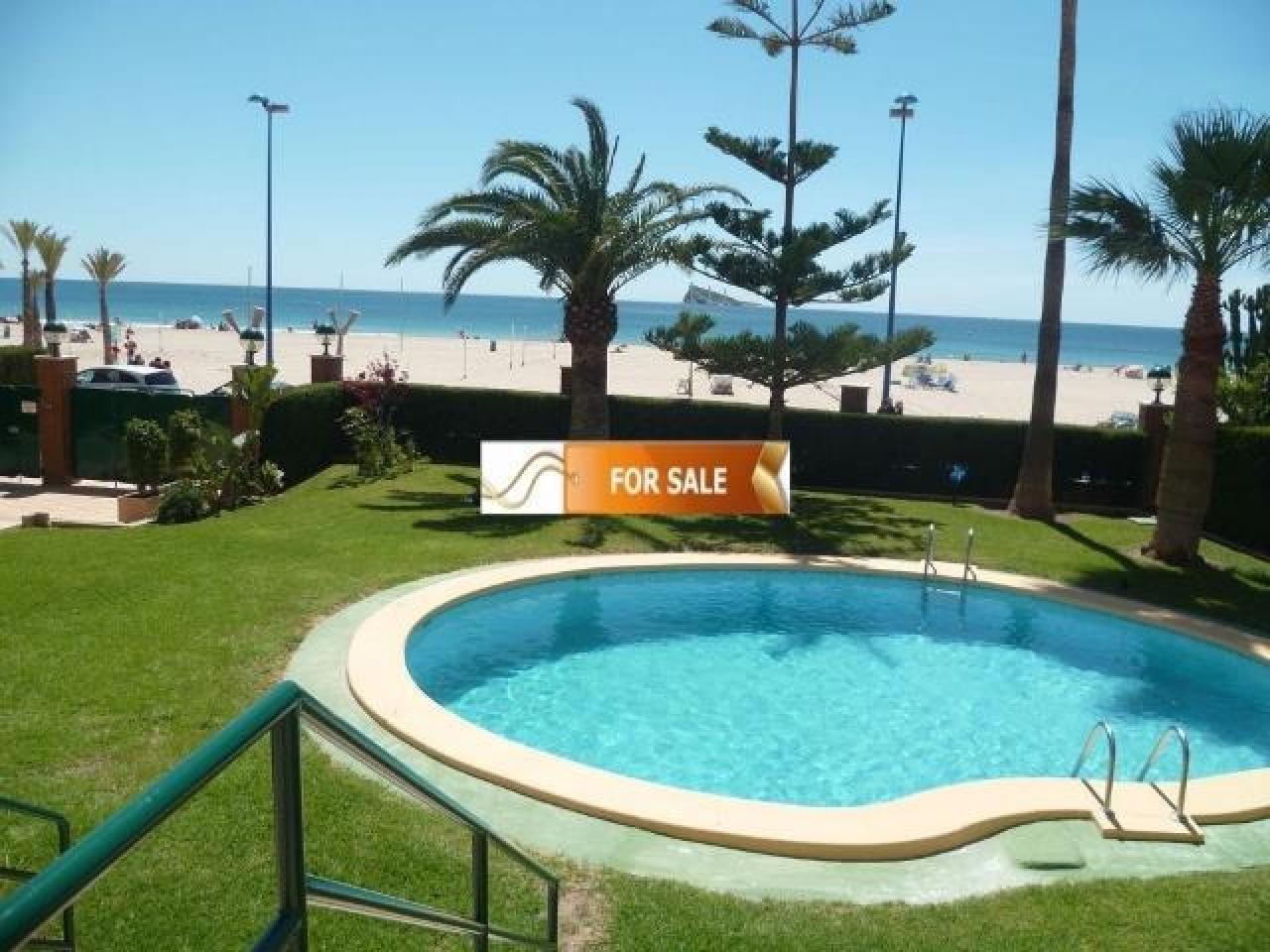 Продажа прекрасных апартаментов на 1 линии моря в Бенидорме - 2