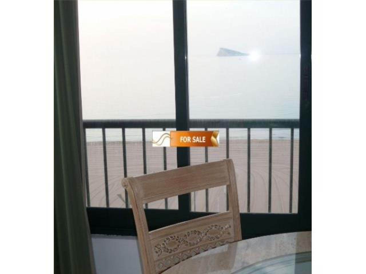 Продажа прекрасных апартаментов на 1 линии моря в Бенидорме - 4