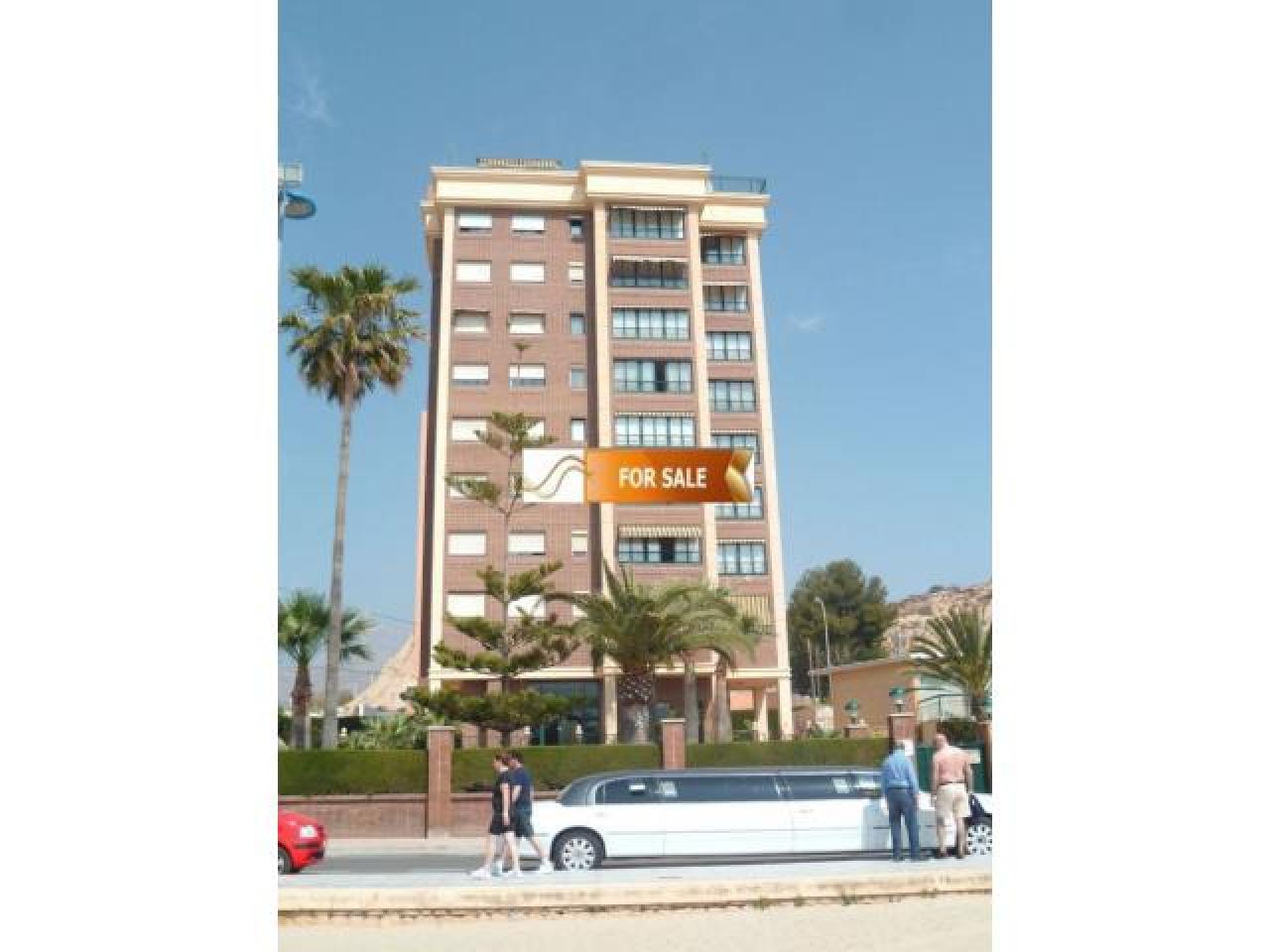 Продажа прекрасных апартаментов на 1 линии моря в Бенидорме - 5