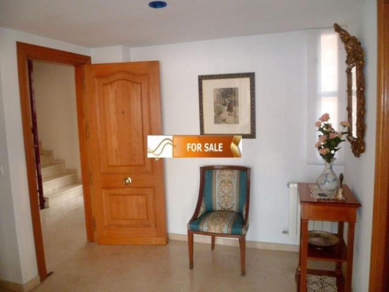 Продажа прекрасных апартаментов на 1 линии моря в Бенидорме - 7