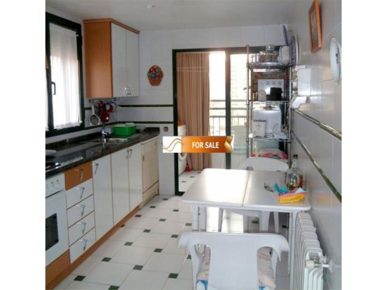 Продажа прекрасных апартаментов на 1 линии моря в Бенидорме - 9