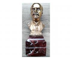 Бронзовый бюст Ленина