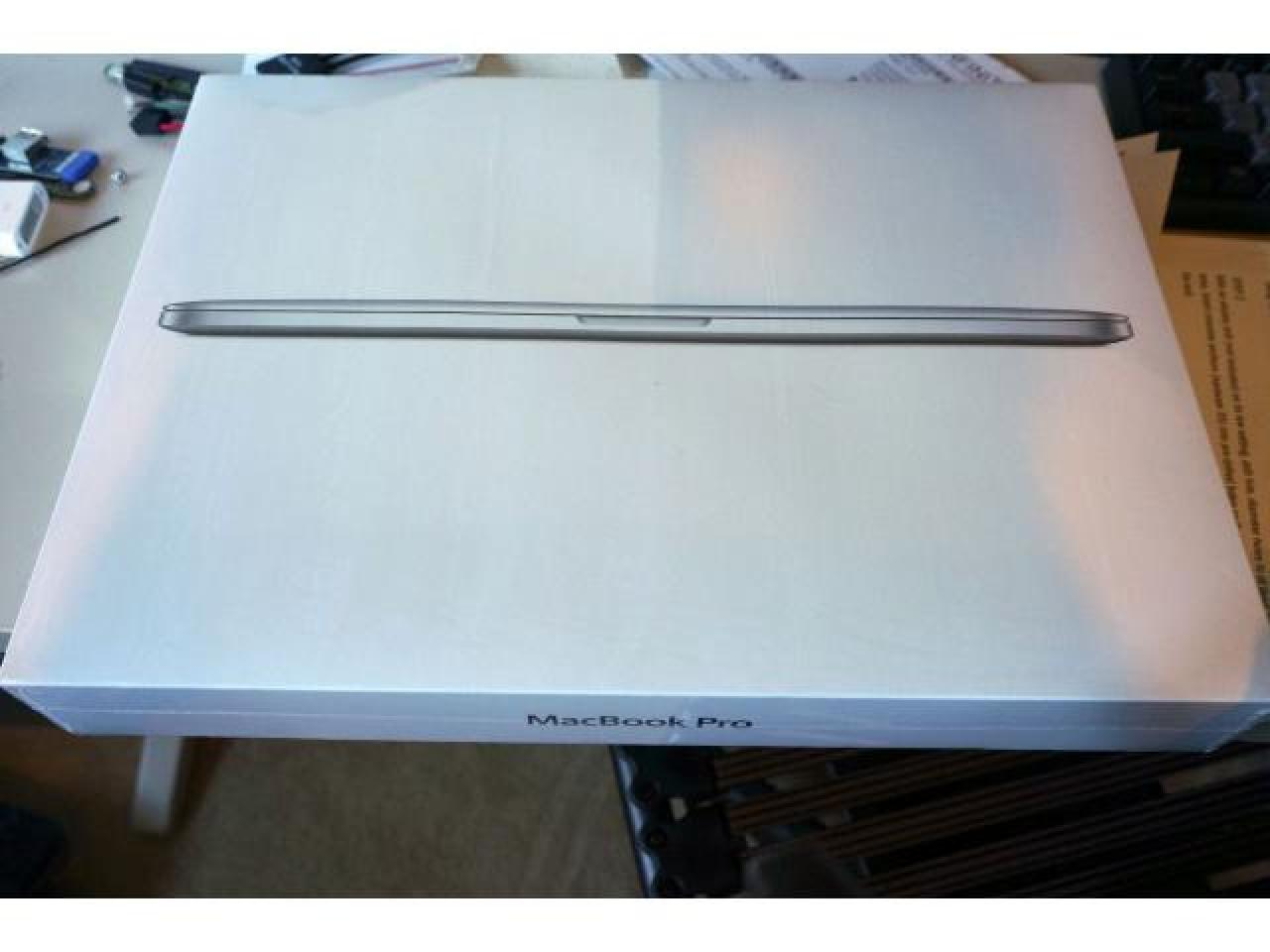 2015 Apple Macbook Pro 15-inch: 2.2GHz with Retina display - 1