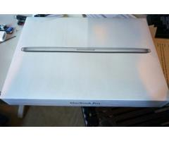 2015 Apple Macbook Pro 15-inch: 2.2GHz with Retina display